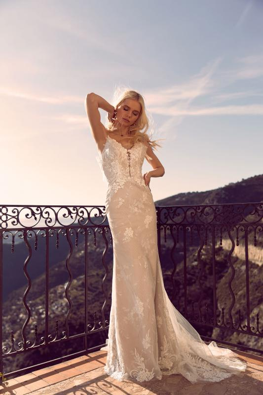 Hara Ml3119 Full Layered Lace Fitted Gown With Plunging Neckline Spaghetti Straps And Low Back With Detachable Full Lace Off Shoulder Sleeves Wedding Dress Madi Lane Bridal9