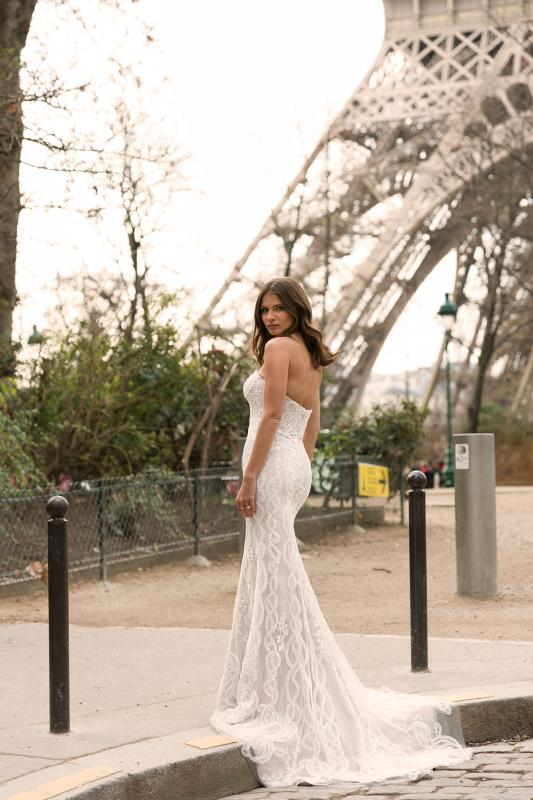 Ilyssa Ml5819 Full Lace Fitted Gown With Strapless Sweetheart Neckline And Zip Up Back Wedding Dress Madi Lane Bridal5