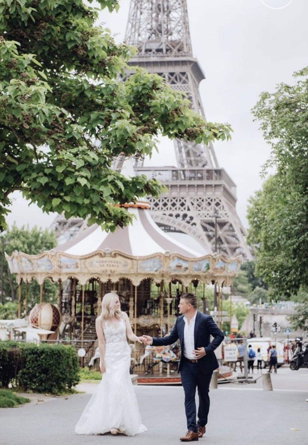 Evie in paris