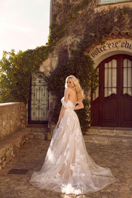 Elora Ml8518 Lace And Tulle Gown With Fitted Bodice And Floaty Tulle Skirt With Detachable Off Shoulder Straps Wedding Dress Madi Lane Bridal3