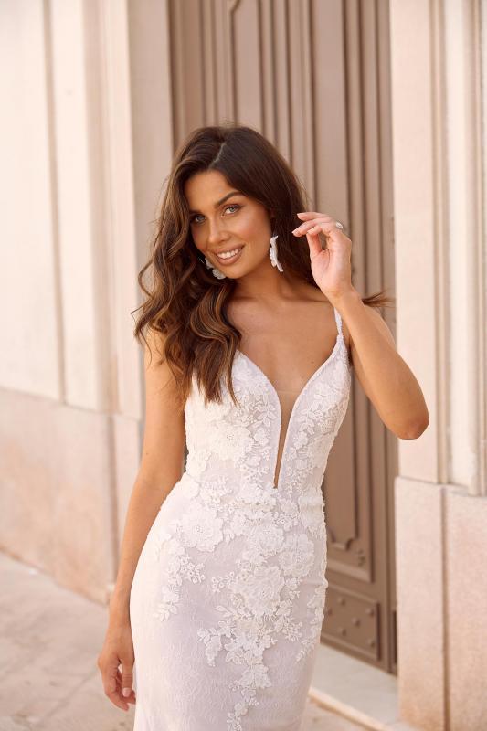Matisse Ml10462 Shoe String Straps Plunging Neck Floral Lace With Detachable Skirt Wedding Dress Madi Lane Bridal6